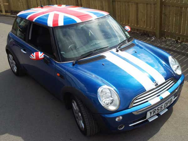 A Lot Of People Ociate Mini With Having Union Jack Roof Have You Ever Seen One